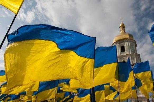 Зеленский пообещал проверить закон об украинском языке после вступления в должность