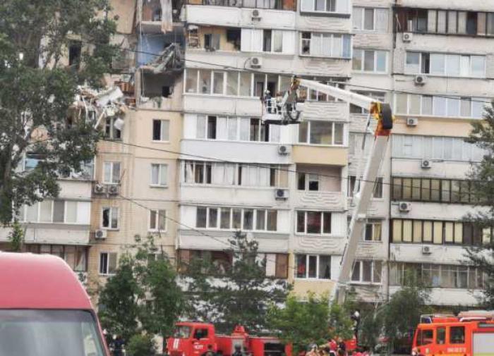 В Киеве взорвался многоэтажный дом. Погибли люди