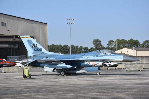 Во Флориде продают F-16 1980 года за $ 8,5 млн
