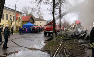 В Ростове под завалами обнаружили тело седьмого погибшего при пожаре