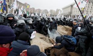 Антиблокировочный протест в Киеве: Майдан, столкновения, газ