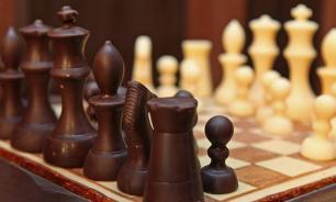 Шахматная доска Бжезинского дала трещину