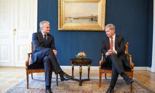 Президенты Финляндии и Литвы обсудили диалог с Россией