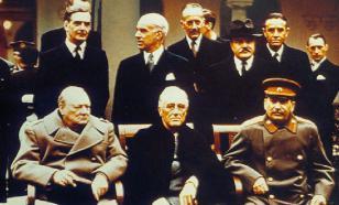 Ангажированных политиков надо тыкать в историю