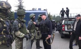 Пушков оценил ситуацию в Минске, где Лукашенко взял в руки автомат
