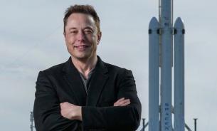 """Илон Маск испытал головокружительную финансовую """"перегрузку""""."""
