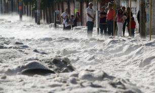Город в Мексике завалило полутораметровым слоем снега