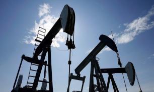 ОПЕК+ согласовал ежемесячное увеличение добычи нефти