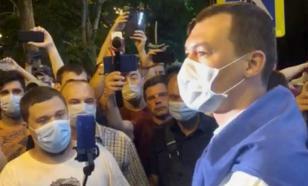 Михаил Дегтярёв впервые пообщался с протестующими в Хабаровске