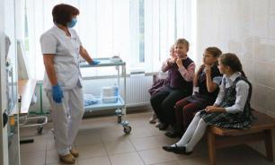 Школьников без прививок предложили переводить на домашнее обучение