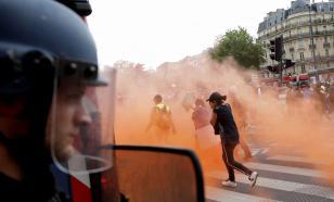 Водомёт,слезоточивый газ, горящие баррикады: Париж опять протестовал