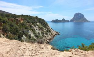 В Испании закрыли шесть пляжей за несоблюдение туристами дистанции