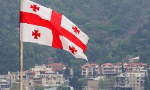 """В Тбилиси устроили """"марш неповиновения"""" карантинным мерам"""