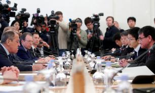 """Японские СМИ сообщили о """"пропасти разногласий"""" между Токио и Москвой"""