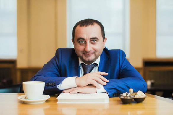 """Украинский экономист предложил продать землю для """"защиты"""" от России"""