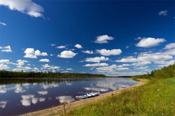 Аномальная жара стала причиной рекордного обмеления реки Лены