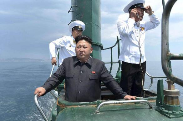 """Северная Корея построила """"новую"""" ядерную подлодку"""