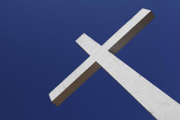 Рухнул стоящий над Севастополем православный крест