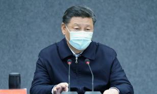Си Цзиньпин прибыл в Ухань, чтобы пообщаться с врачами