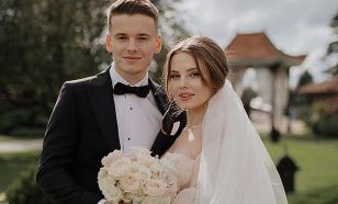 Сын Валерии не позвал на свадьбу своего биологического отца