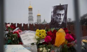 На грани приличий: Либералы поругались из-за марша памяти Немцова