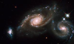 Астрономы заявили об обнаружении гравитационных волн