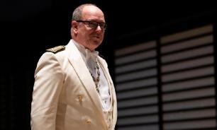 Князь Монако, заболевший коронавирусом, идёт на поправку
