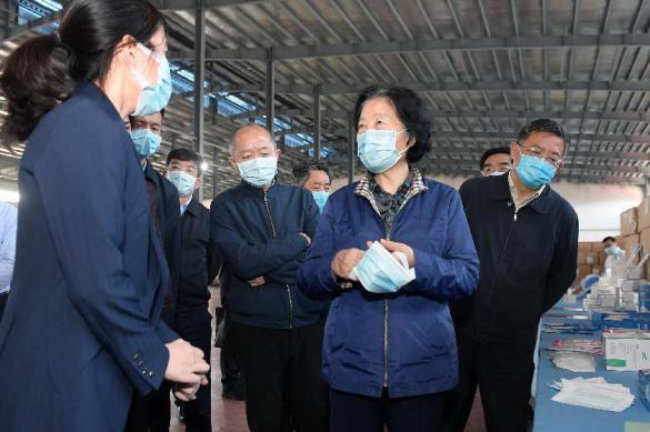 В Китае уверены: коронавирус был завезен из другой страны