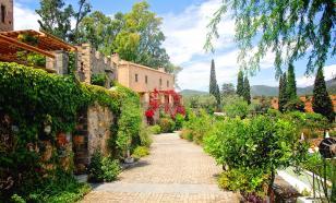 В Грецию не пустят туристов без справки об отсутствии COVID-19