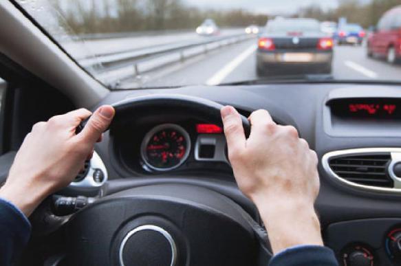 Личный водитель украл у своего клиента в Москве 10 млн рублей