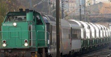 Украина: На Восток прибыли 10 вагонов чеченцев с военной техникой