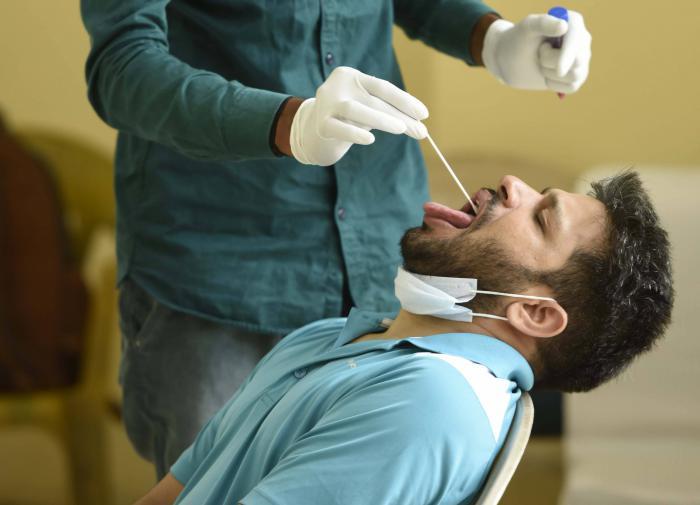 Число инфицированных коронавирусом в Индии почти достигло 1,2 млн
