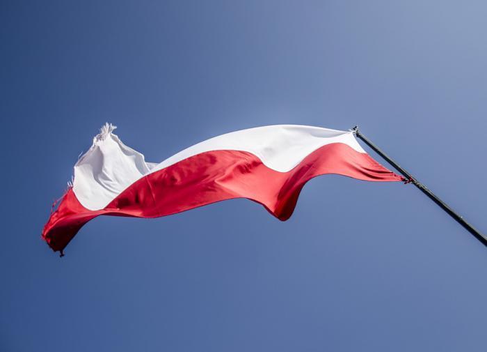 Варшава решила помочь Праге бригадами пожарных