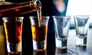 В Курганской области трое человек умерли от отравления алкоголем