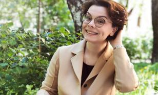 Татьяна Брухунова подчеркнула свою красоту умом