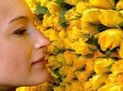 Восьмое марта: Женский праздник или обман?