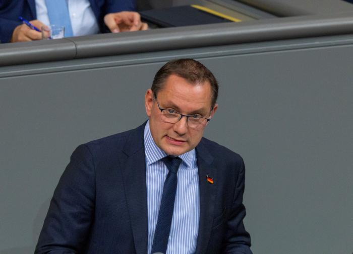 План депутата из ФРГ: покинуть ЕС и дружить с Россией