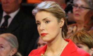 Мария Шукшина уверена, что мир хотят разделить на рабов и элиту