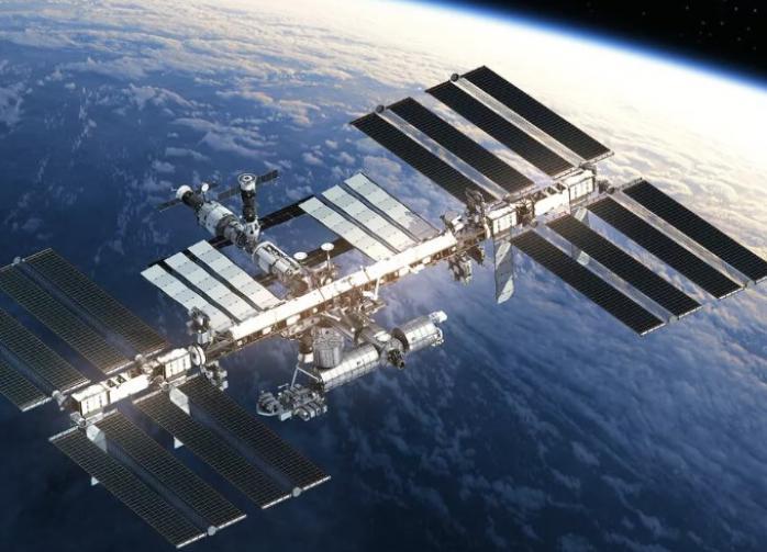 Американцы на МКС поделились едой с российскими космонавтами