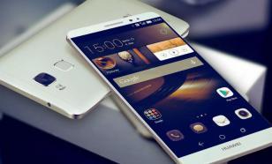 Компания Huawei заняла первое место по количеству проданных смартфонов