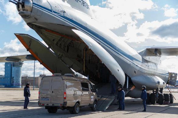 Девятый самолет с российскими вирусологами вылетел в Италию