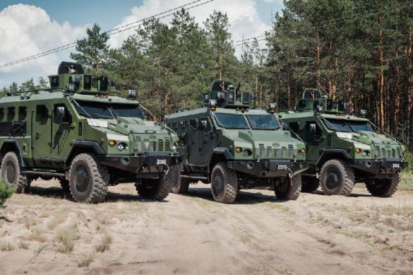 """Украина анонсировала выпуск в 2020 году бронированной машины """"Камрат"""""""