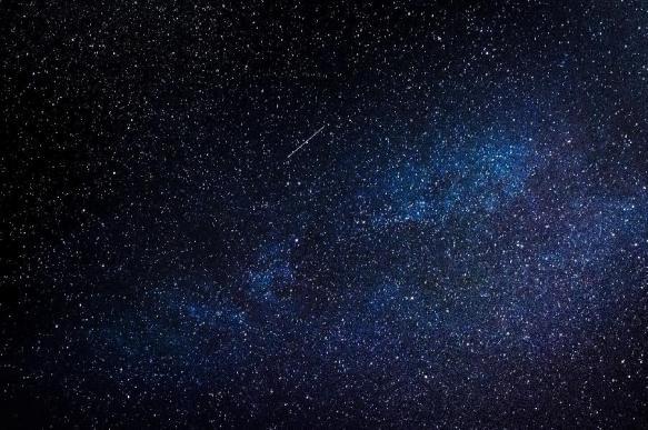 В небе над Австралией заметили загадочный огненный шар