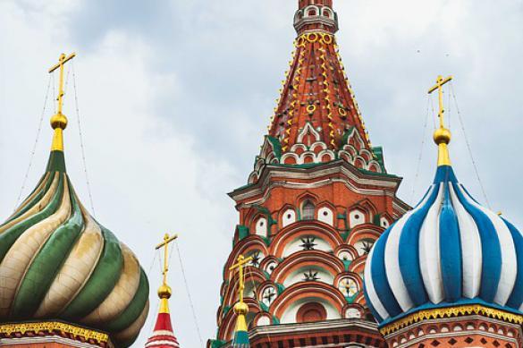 Почему туристы предпочитают Москву и Петербург