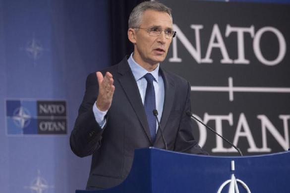 Столтенберг: НАТО будет наращивать присутствие в Черноморском регионе