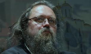 Протодиакона Андрея Кураева заочно лишили сана