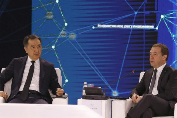 Медведев призвал взять криптовалюты под контроль по всему ЕАЭС