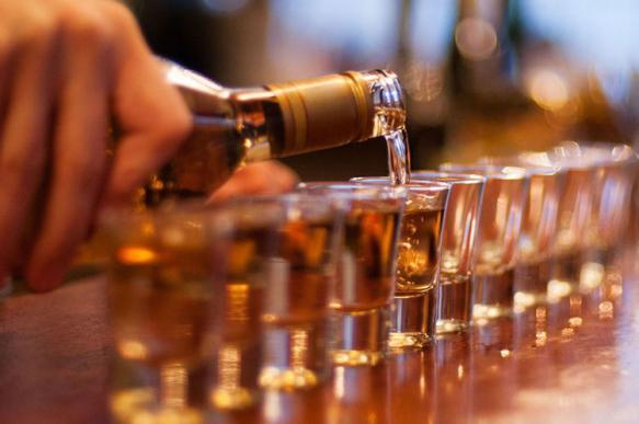 Комиссия по наркополитике признала спиртное опаснее героина