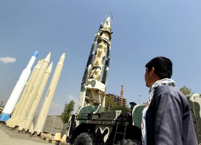 Выйдет ли Иран из ДНЯО, если ООН продлит эмбарго на поставки оружия?