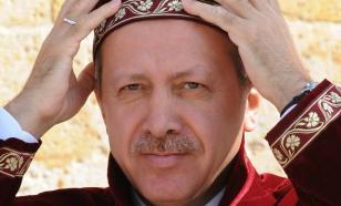 Турция пытается возродить империю. Ей очень надо стать патроном в регионе